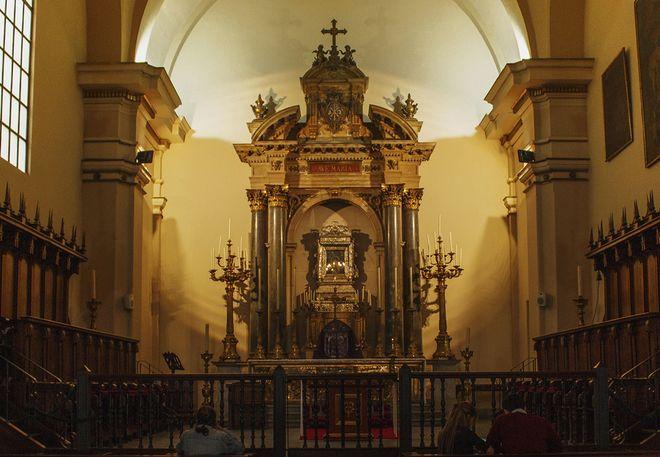 Алтарь в кафедральном соборе Боготы