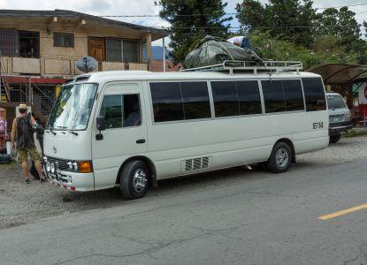 Автобус в Бокете