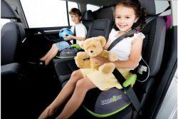 automobilový posilovač pro děti