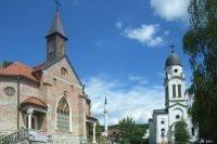 Католический храм, мечеть и православная церковь города