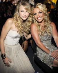 Спирс и Тэйлор Свифт в 2008 году на MTV Video Music Awards
