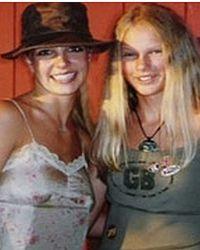 Юные певицы в 2003 году