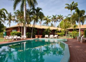 Отель Bayside Holiday Apartments