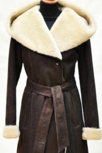 Brązowy płaszcz z owczej skóry 9