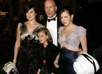 Брюс Уиллис с дочерьми