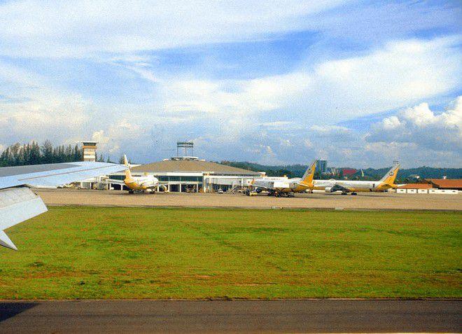 Аэропорт Брунея имеет одну взлетную полосу