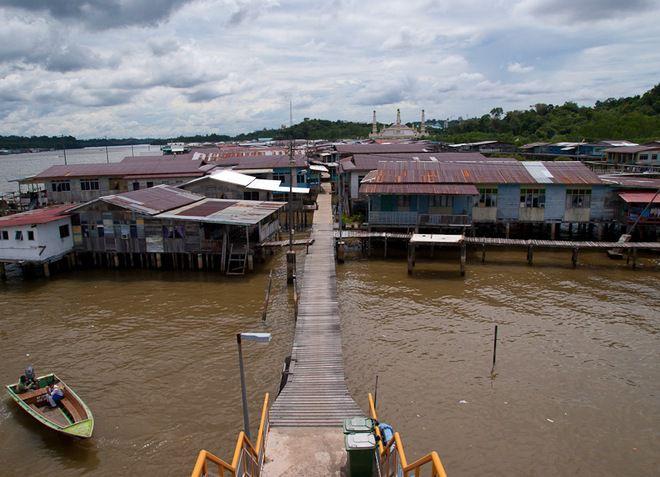 Деревня Кампунг Айер
