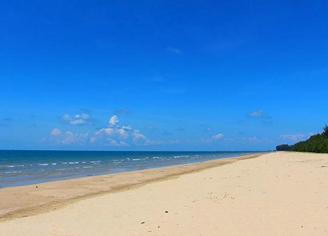 Пляж Муара