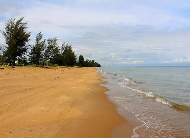 Пляж Мераганг