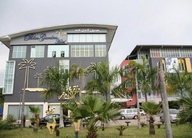 Отель Palm Garden