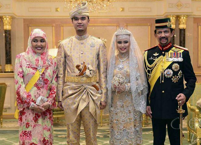 Султан Брунея - один из самых богатых людей в мире