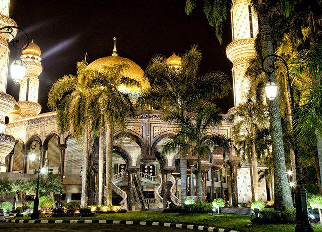 Дворцы Брунея поражают своей роскошью
