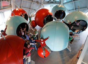 Атомиум - идеальное место для отдыха и развлечения с детьми