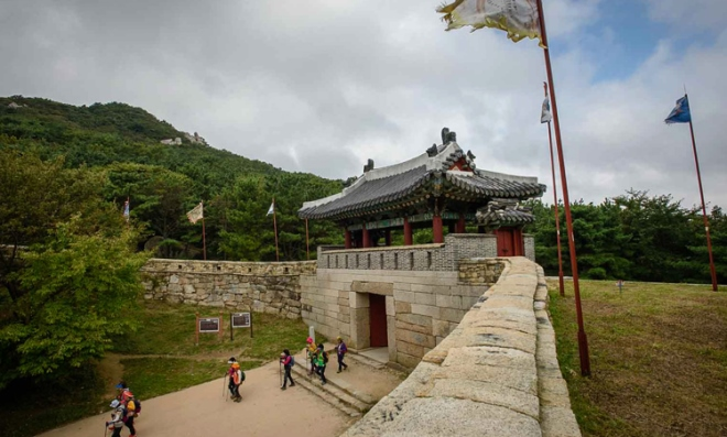 Крепость Geumjung Mt