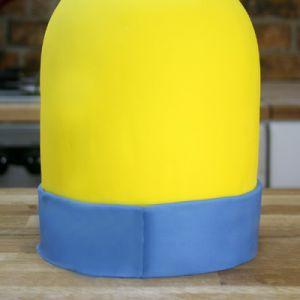 Jak vyrobit dort Minion mastic - master class 2