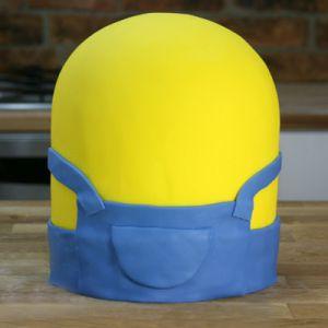 Jak vyrobit koláč Minion mastic - master class 4