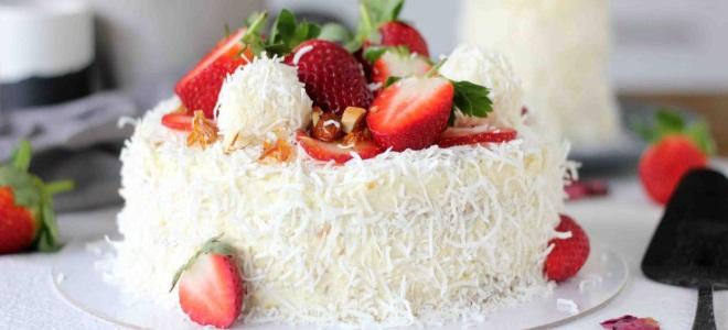 Tort truskawkowy Raffaello