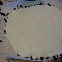 jak ozdobić ciasto z mastyksem w domu 8