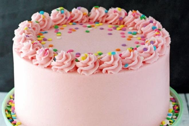 Lijepa torta od kreme za djevojku 7