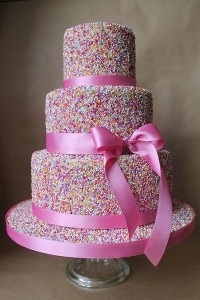 Kako ukrasiti kolač za djevojku s vlastitim rukama 1
