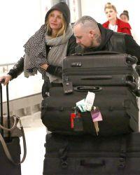 Папарацци подловили Диаз и Бенджи Мэддена в аэропорту Лос-Анджелеса