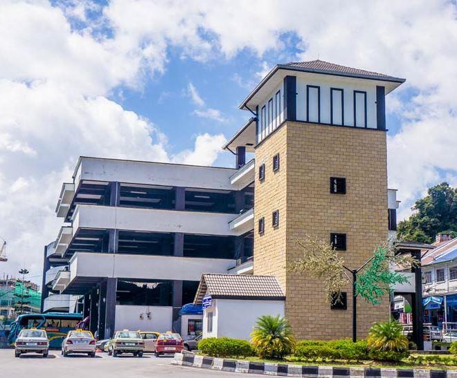 Автовокзал в Танах-Рата