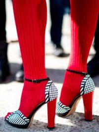 Могу ли носити сандале са најлонским панталозама14