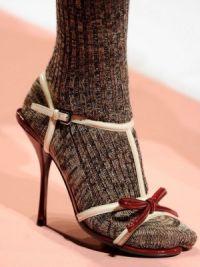 Могу ли носити сандале с најлонским ногама7