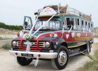 dekoracja samochodu na wesele8