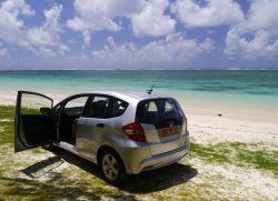 На автомобиле можно посмотреть места, отдаленные от туристических маршрутов