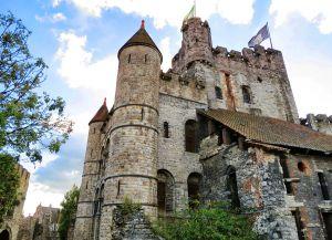 Башня замка
