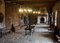 Внутри замка Райхардштайн