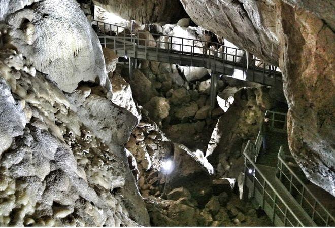 Спелеологические тропы в пещере Джаловича