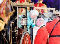 Королева Елизавета и принц Филипп прибыли на торжество в карете 1830 года Scotti