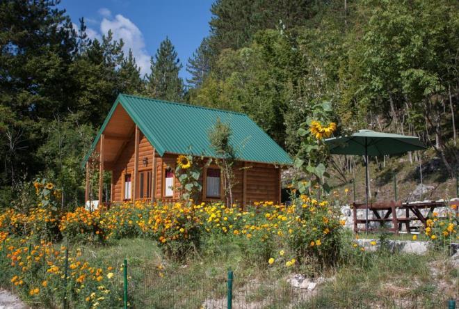 Lisure Cottages Cetinje