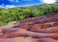 Цветные пески и горы