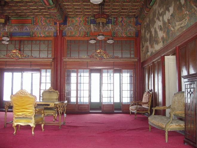 Залы дворца Чхандоккун