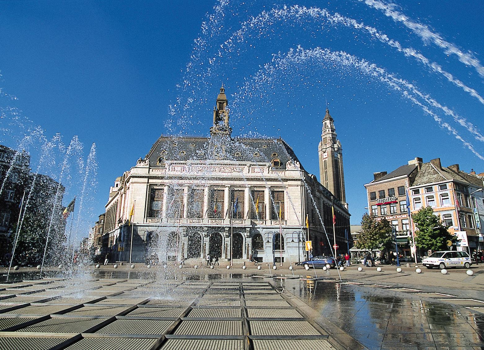 Базилика Святого Христофора со стороны площади