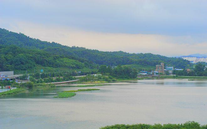 Природа Чхонана