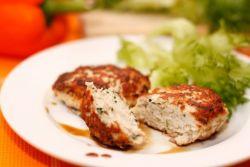 kruhov pare piščanca v počasnem kuhalniku