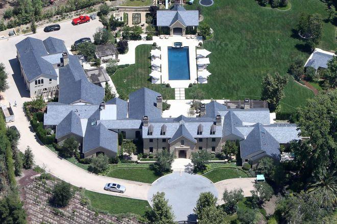 Дом Ким Кардашьян и Канье Уэста в Хидден-Хиллс