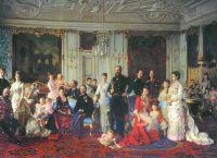Картина с изображением короля Кристиана IX и его семьи в одном из залов дворца