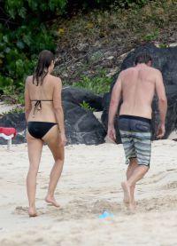 Без намека на целлюлит! Влюбленные на пляжах  острова Сент-Барт