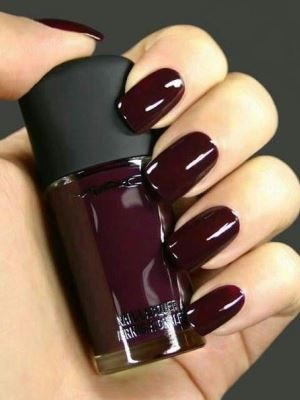 Bordeaux manicure1