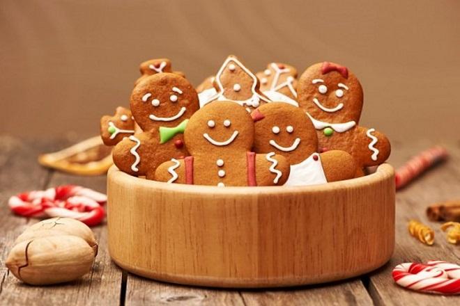 Klasični đumbirski piškoti z glazuro za otroke