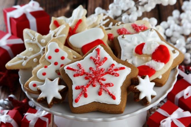 Lepi pekovski piškoti z glazuro - recept