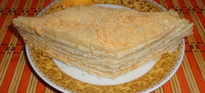 medový dort na klasické receptě na pánvi