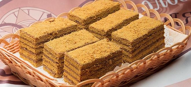 medový dort v multivariačním receptu