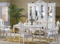 klasický bílý obývací pokoj 1