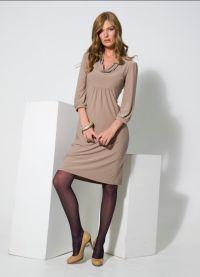 klasický styl šaty žena 3